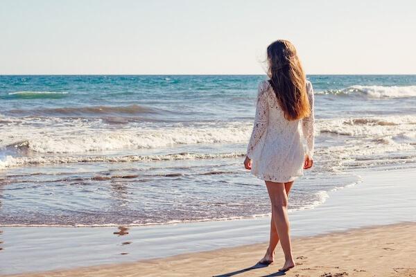 海岸の美女
